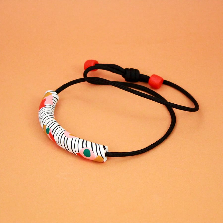 NECKLACE ZEBRA