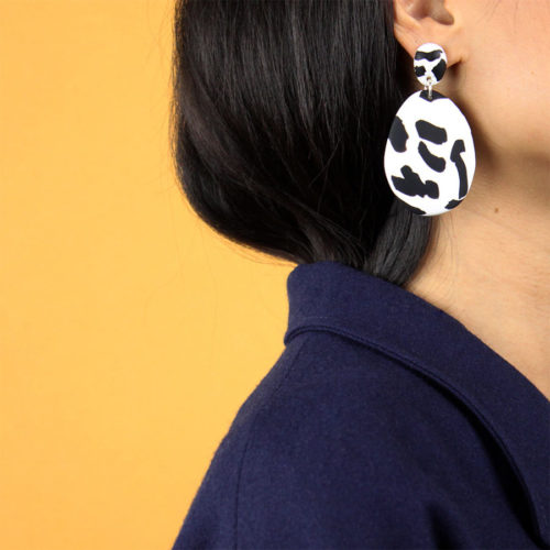 EARRINGS-BLACK-ABSTRACT-PATTERN-EMILY-GREEN-COOL-MACHINE-5