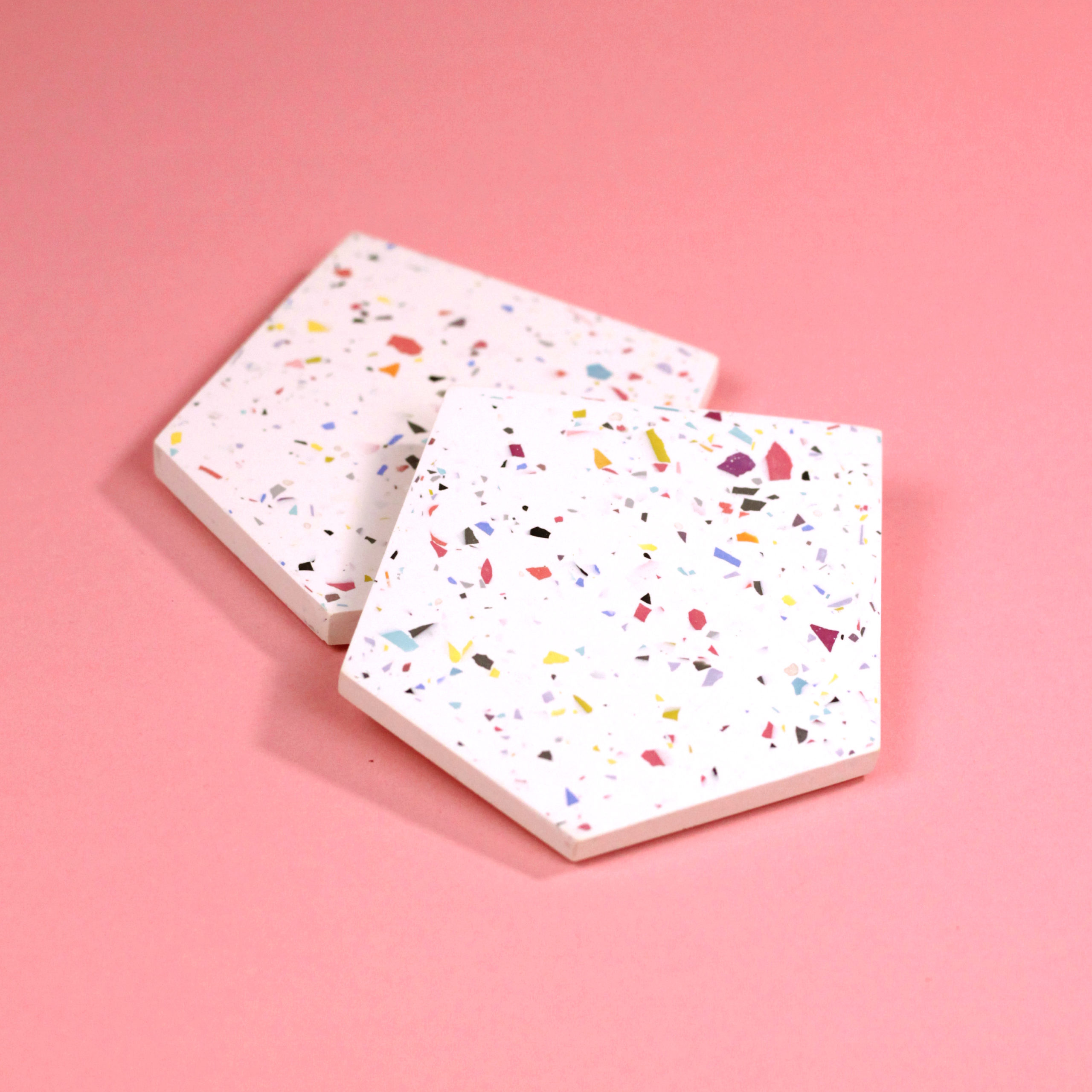 SET OF TWO TERRAZZO COASTERS WHITE FRAUKLARER
