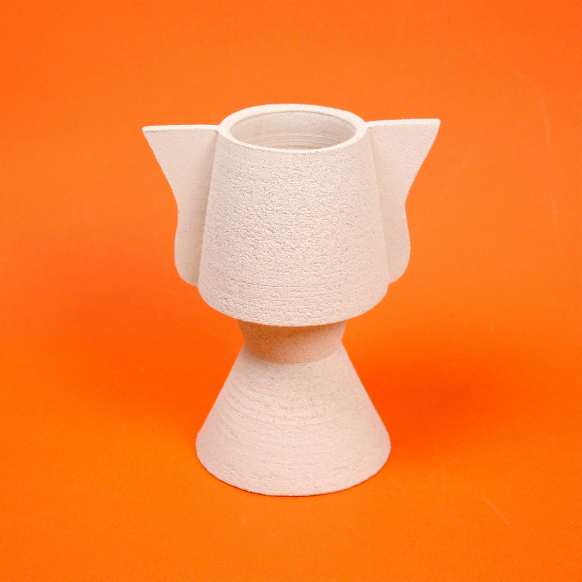 PLANT POT NEUTRAL TOTEM Mari Masot Cool Machine