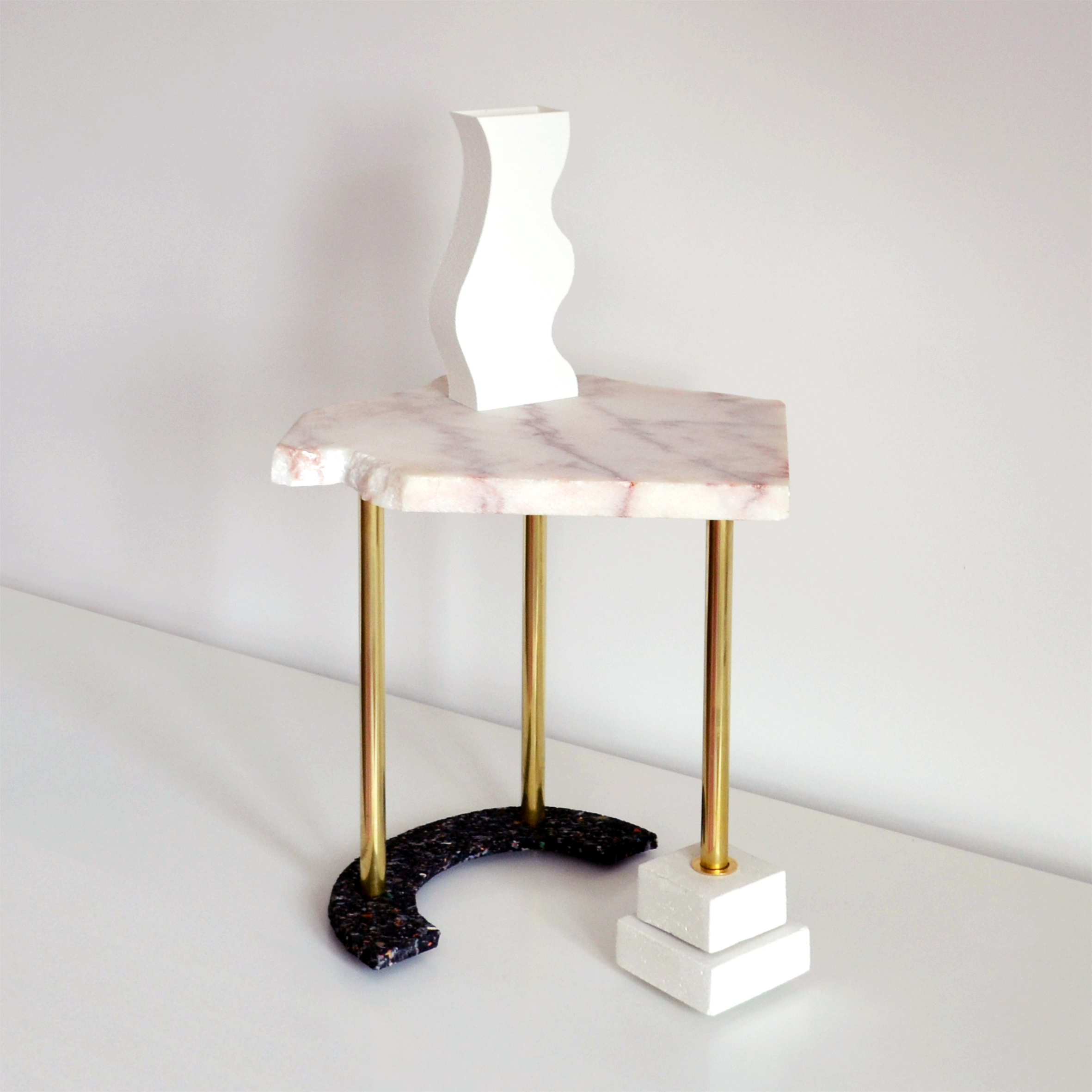 SIDE TABLE PIECE OF PINK MARBLE
