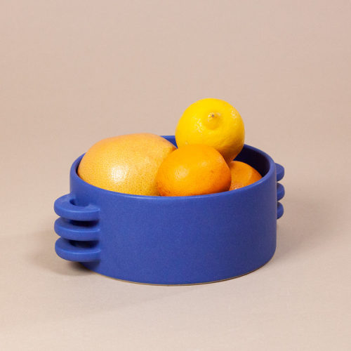 FRUIT-BOWL-LE-GRAND-BLEU-CERAMICS-BY-LAURA-HANDMADE-IN-FRANCE-COOL-MACHINE-2
