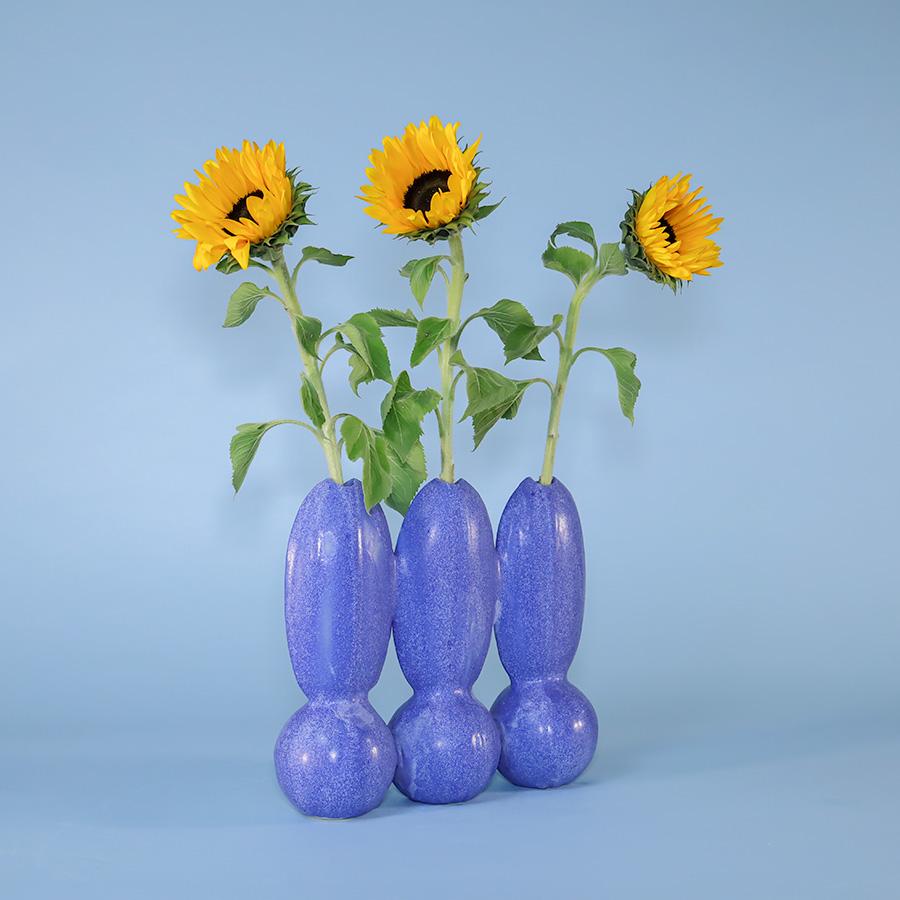 triple vase itera ceramic blue iaai handmade in berlin cool machine store (2)